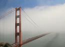 Mgła spowija most Golden Gate